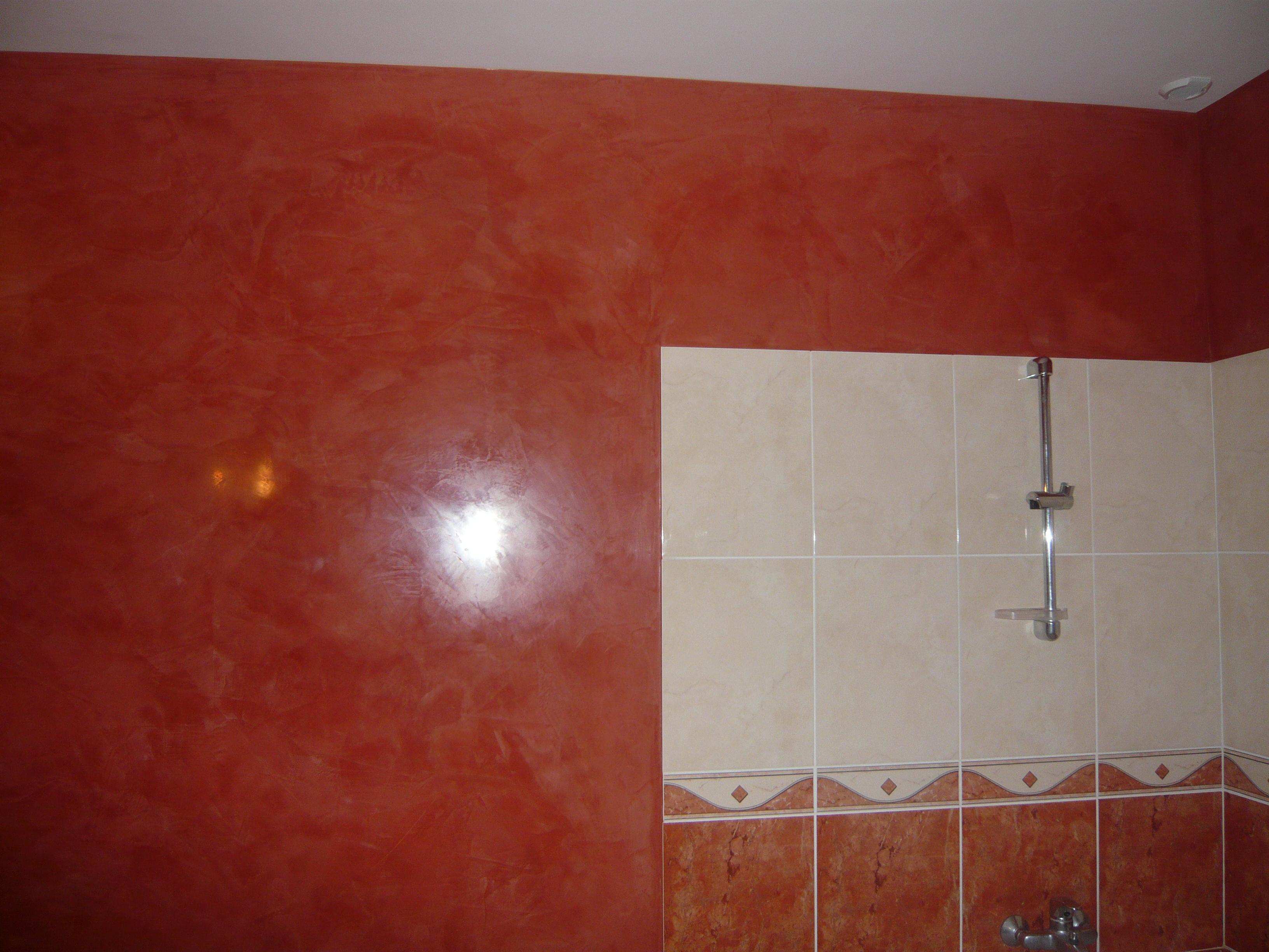 Salle de bain en stuc for Salle de bain a la chaux